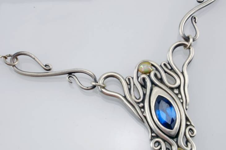 Metalsmithing & Jewelry. Lis-el Crowley. Art Nouveau Designs in Metal Clay