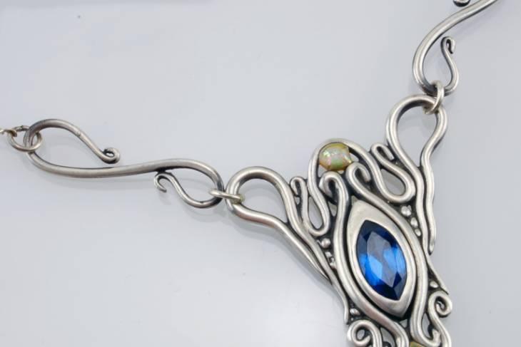 Metalsmithing & Jewelry. Lis-el Crowley. Art Nouveau Designs in Metal Clay