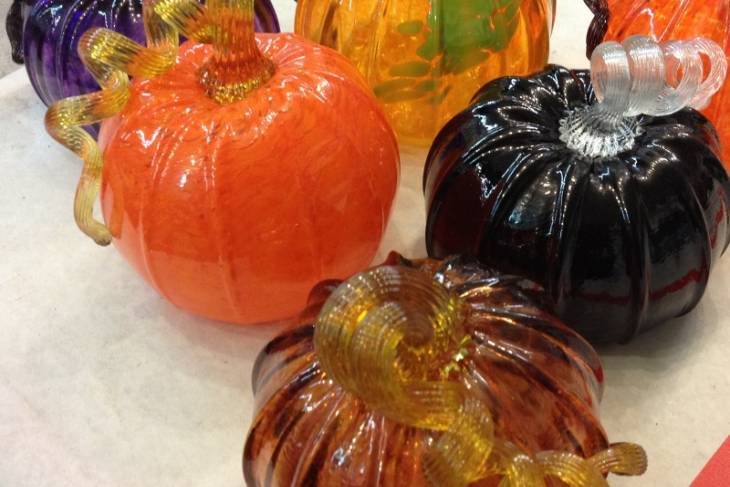 Glassblowing Pumpkins & Gourds; Jesse Rasid