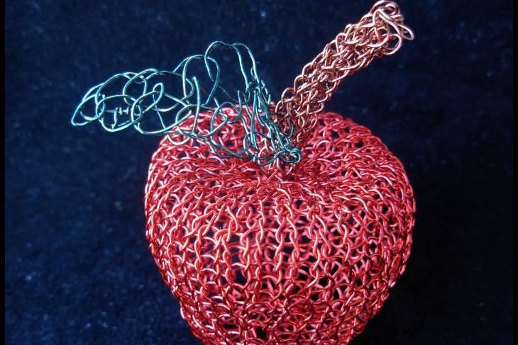 Fiber & Baskets. Adrienne Sloan. Knitted Wire