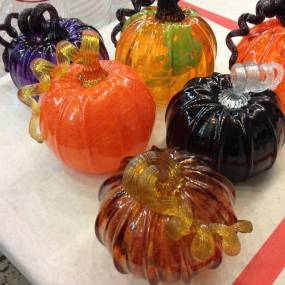 Glassblowing Pumpkins & Gourds; Jesse Rasid