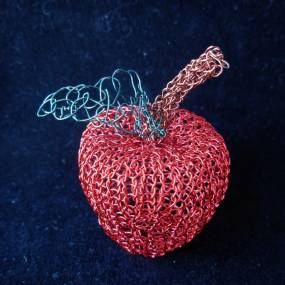 Fiber & Baskets. Adrienne Sloan. Knitted Wire